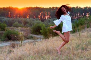 model joyfully letting go of attachment