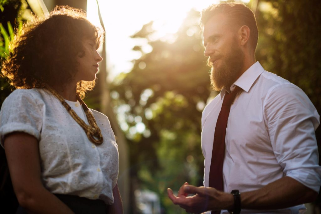 3 characteristics of platonic love (and 5 ways to make it