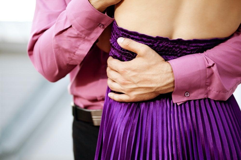 hug types - waist hug