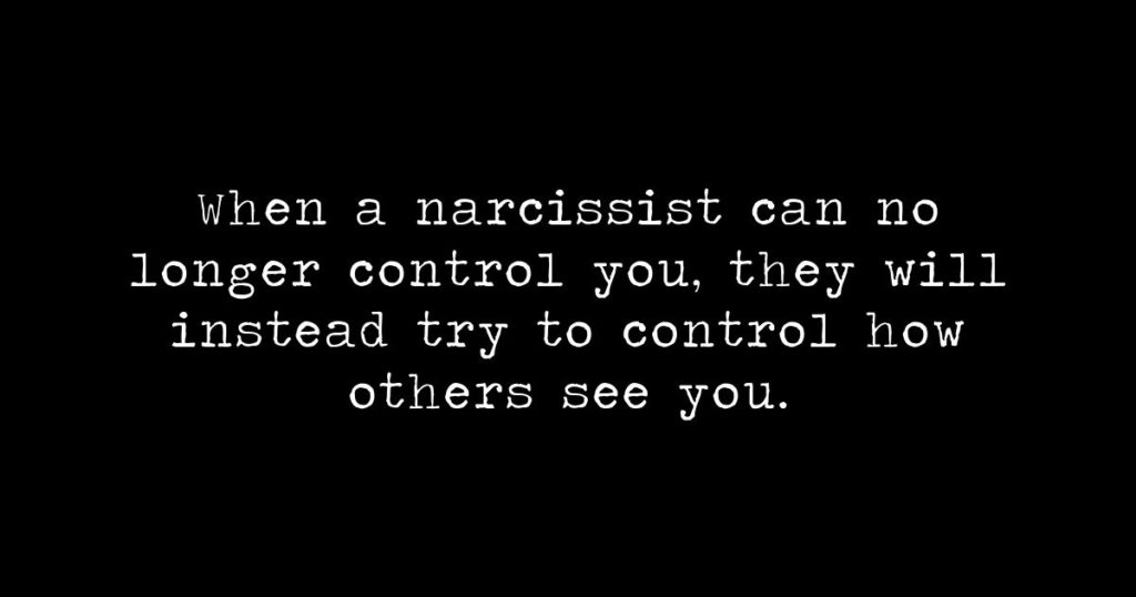These 5 tips make dealing with a narcissist 10 times easier